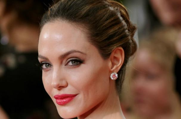 Angelina Jolie Hires Jamie Oliver for Wedding Weight Gain