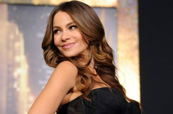 Sofia Vergara Loves her Boyfriend's Onion Crunch