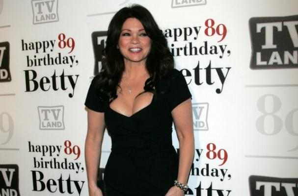 Valerie Bertinelli to Pen Cookbook